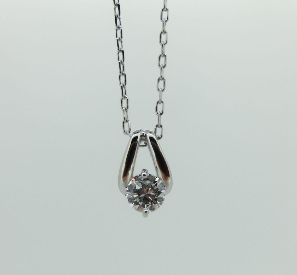 ダイヤモンド 立爪リング ペンダント リフォーム